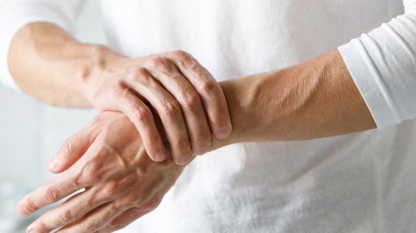 térd laparoszkópiája artrózissal fájó ízületi párnák a lábon