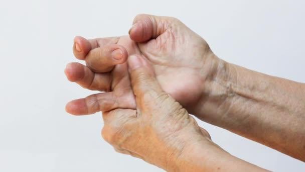 fájdalom a gyermekek kezének ízületeiben