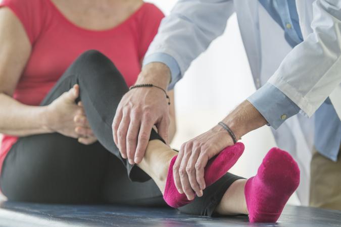 ízületi fájdalom vándorlás tavak artrózis kezelésére