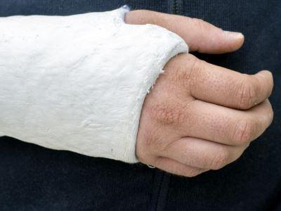 vállízület fájdalom a csukló törése után