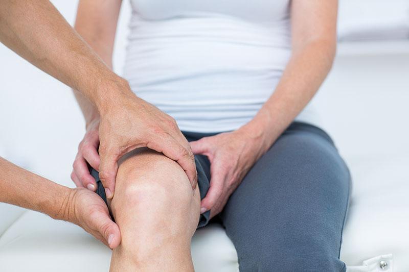 térd duzzanat artrózisos kezeléssel a térdízületek fájdalma esetén