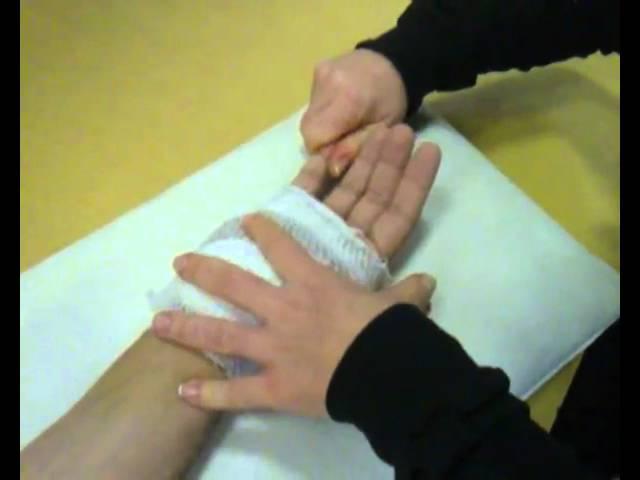 a kéz fáj az ujj ízületét
