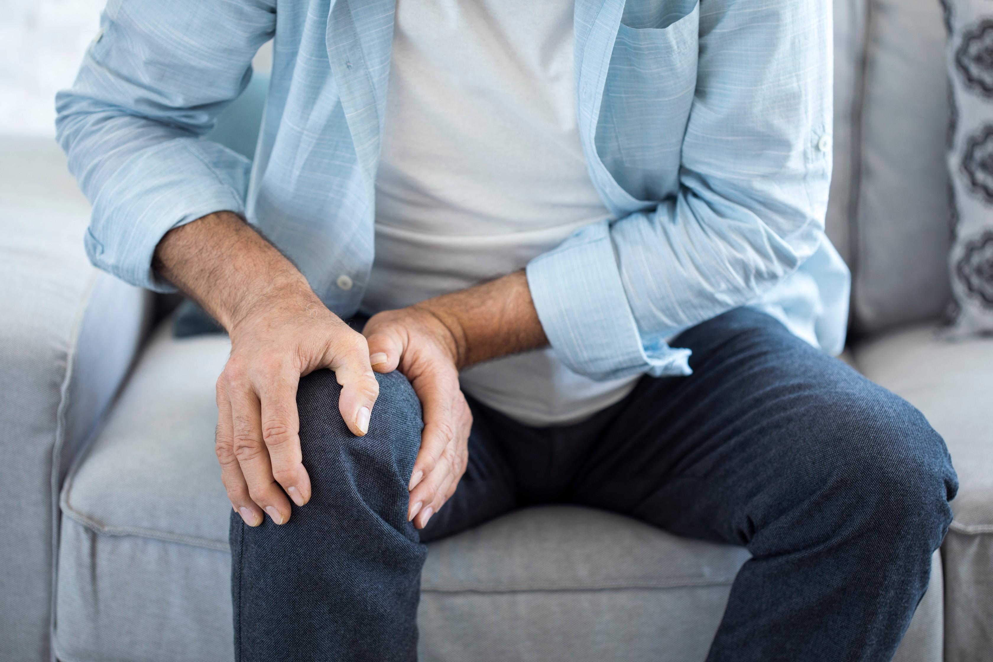 térdfájdalom otthoni kezelése