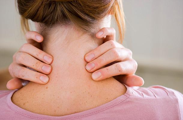 Miért fáj a vállam? A váll betegségeinek lelki háttere